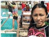 菲律宾记者登南海黄岩岛
